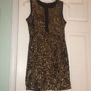 Dresses & Skirts - Gold and black glitter bodycon formal dress